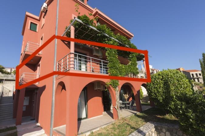 prodaje se dvosoban stan, apartman, Dubrovnik, Ivanica, 6 osoba, Trebnije, namješten stan