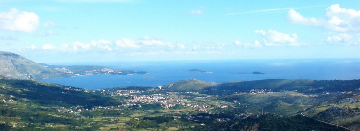 prodaja, građevinska parcela Dubrovnik, Ivanica, Trebinje, vila s bazenom, urganictička dozvola, infrastruktura
