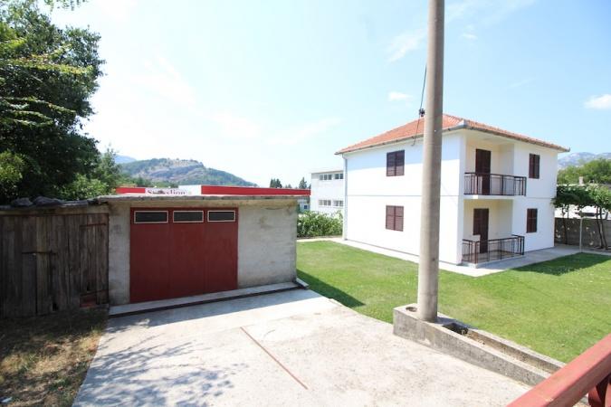 na prodaju kuća Trebinje, prodaje se, porodična kuća s okućnicom, Trebinje