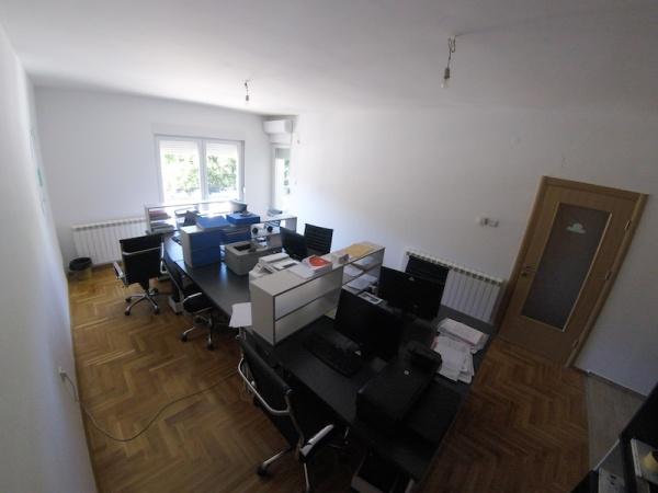 poslovni prostorf, izdaje se, kancelarije, Trebinje centar