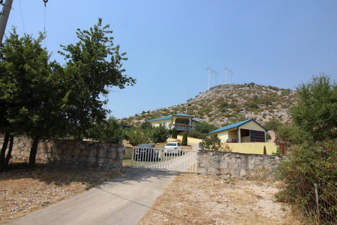 imanje s kućom, hacijenda, prodaja nekretnina Trebinje, Petrovo Polje