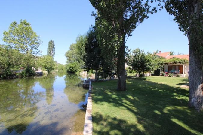 prodaja, kuća, nekretnina, Trebinje, na rijeci Trebišnjici,